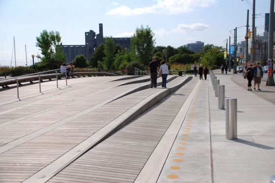 Spadina wavedeck by west 8 urban design landscape for Landscape architecture canada