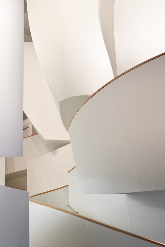 Gehry Partners-New World Center