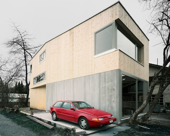 House Müller Gritsch by Andreas Fuhrimann  Gabrielle Hächler Architekten | Detached houses