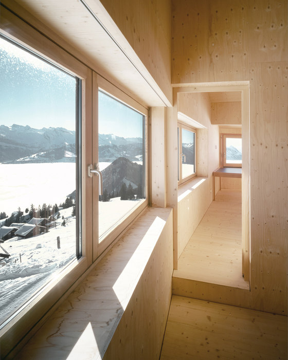 Holiday house on the Rigi de Andreas Fuhrimann  Gabrielle Hächler Architekten | Casas Unifamiliares