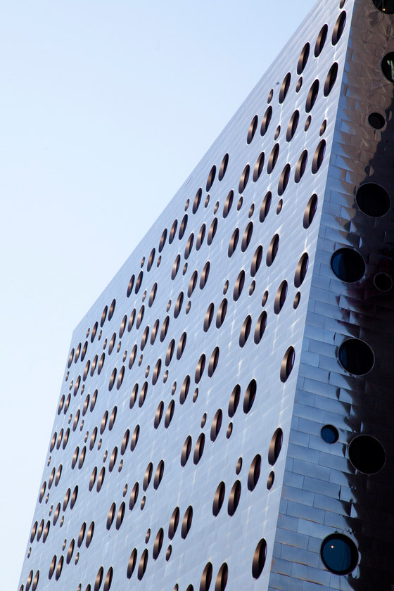 Dream Downtown Hotel by Handel Architects | Hotels