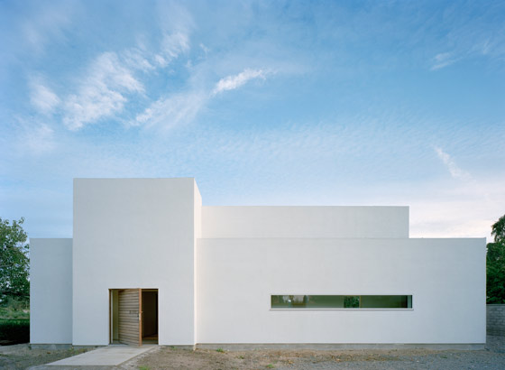 Villa M 2 by Jonas Lindvall | Detached houses