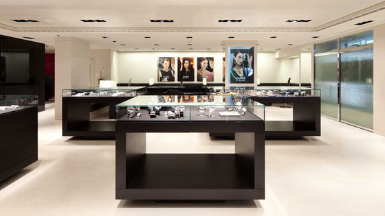 Jewellers Kurz, various branches in Switzerland by Studio Hannes Wettstein | Shop interiors