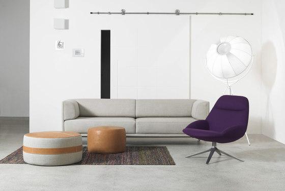 Studio Hannes Wettstein-Erik Jørgensen, sofa 'Apoluna'