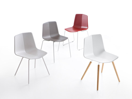 Maxdesign, chair 'Stratos' de Studio Hannes Wettstein | Short runs