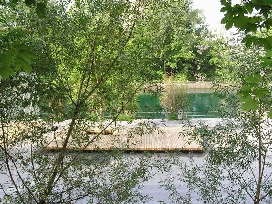 Promenade und Flussbad Lettenareal by Krebs und Herde Landschaftsarchitekten | Parks