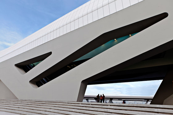 Napoli Afragola High Speed Train Station by Zaha Hadid Architects | Railway stations