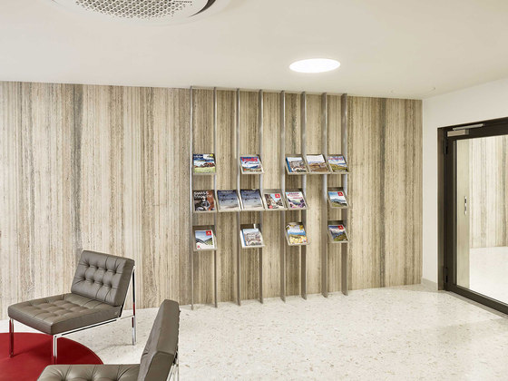 Swiss Consulate General by MACH ARCHITEKTUR | Office facilities