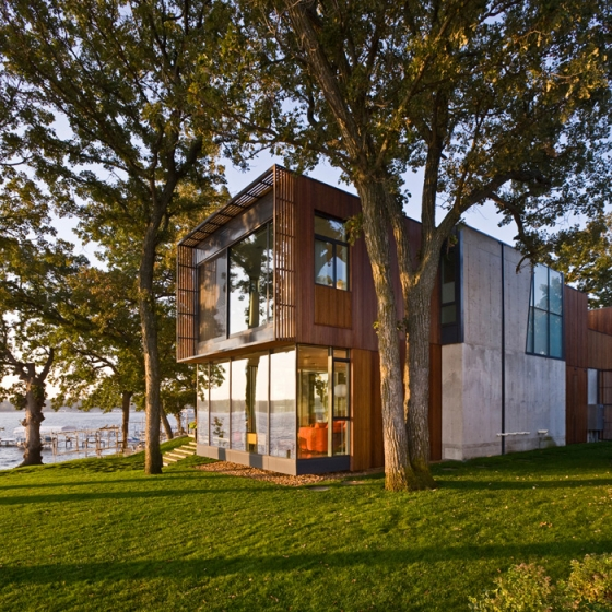 House on Lake Okoboji by Min Day | Detached houses