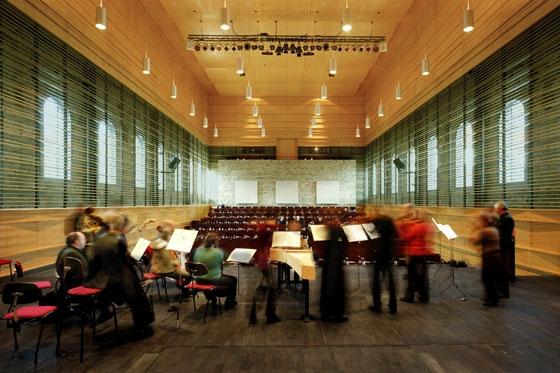 Johann-Sebastian-Bach-Saal im Schloss Köthen di Busmann+Haberer | Auditorium