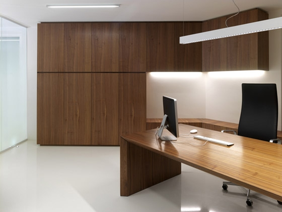 GP Offices by Burnazzi Feltrin Architetti | Office facilities