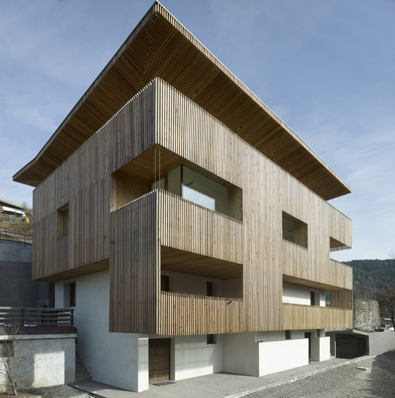 PF single family house by Burnazzi Feltrin Architetti | Detached houses