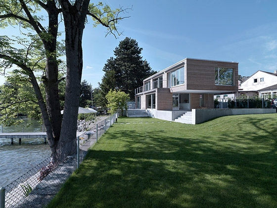 Wohnhaus am See by m3 Architekten AG | Detached houses