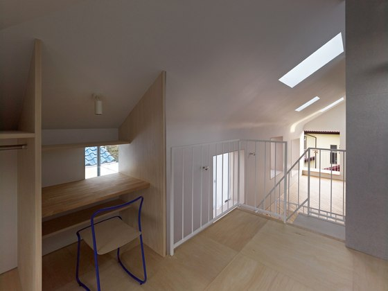 HOUSE IN OOKAYAMA by TORAFU ARCHITECTS | Living space