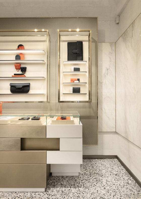 Delvaux Milan by Vudafieri-Saverino Partners | Shop interiors