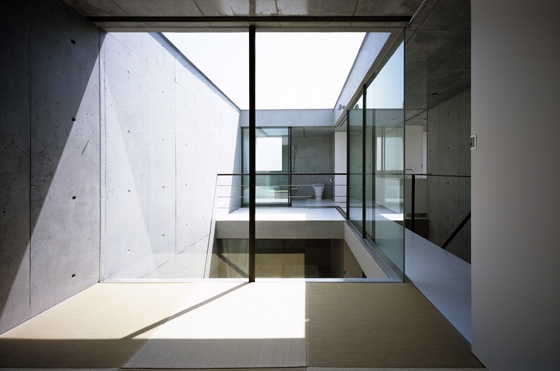 2 Courts House by Keiji Ashizawa Design | Detached houses