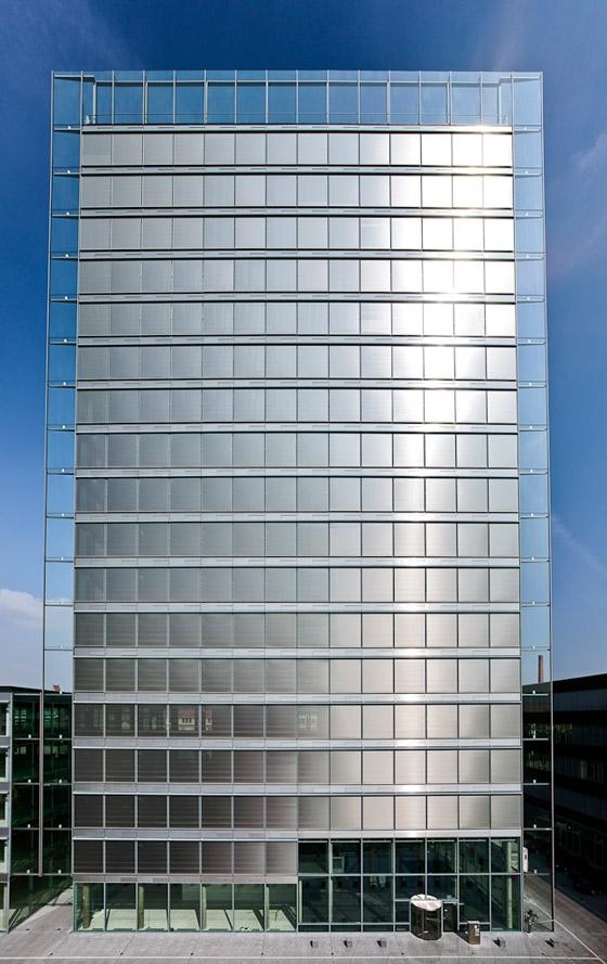 Hegau-Tower by Jahn | Office buildings