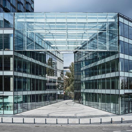 Cosmopolitan Twarda 2/4 by Jahn | Office buildings