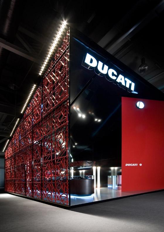 Ducati baselworld 2008 von dordoni architetti for Construction de stand