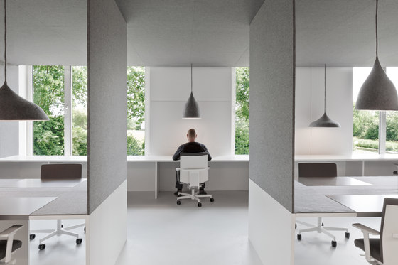 Office 04 by i29 | Interior Architects | Office facilities