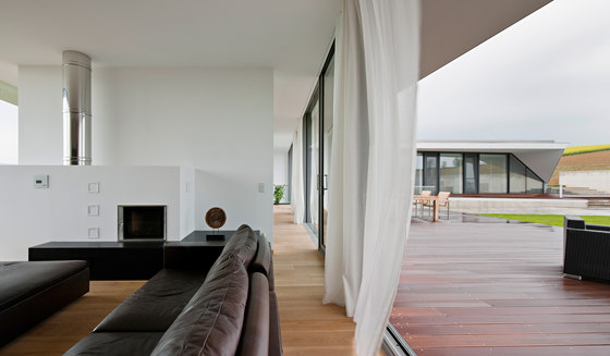 L-House by Architects Collective ZT GmbH | Detached houses