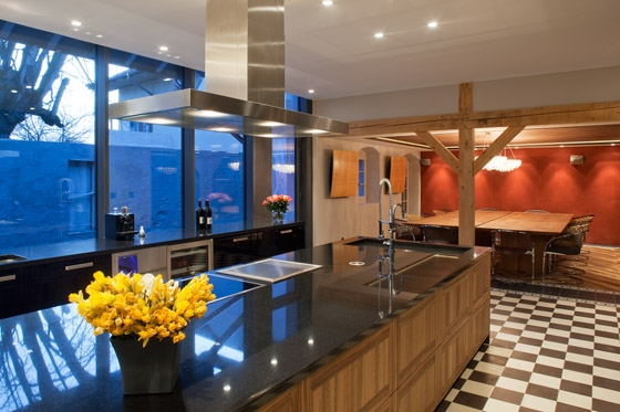 umbau denkmalgesch tztes bauernhaus by arttesa living space. Black Bedroom Furniture Sets. Home Design Ideas
