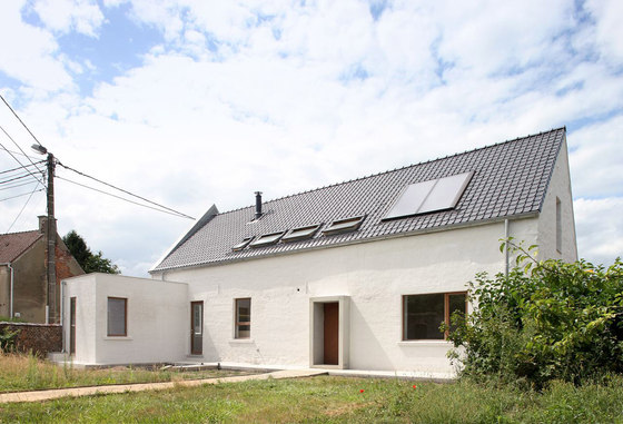 "House ""NSV"" by adn architectures 
