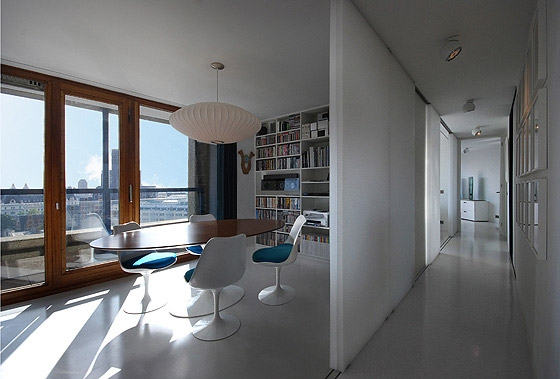 Barbican Flat By Utarchitects