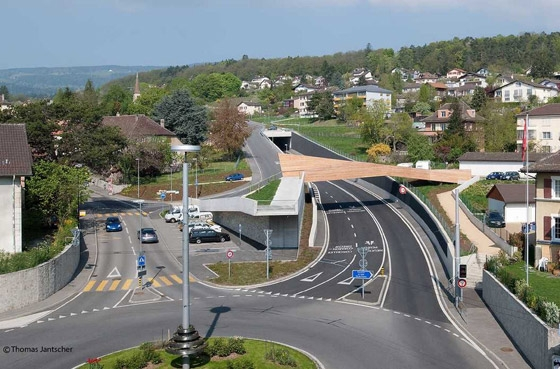 Passerelle Pietonne sur la route H10 by maison d'art'chitecture | Bridges