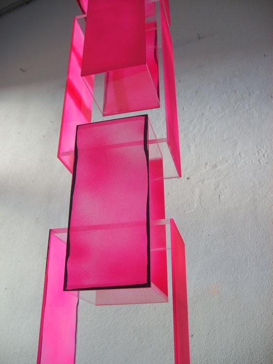 Stefan Wieland-Pink painted chain