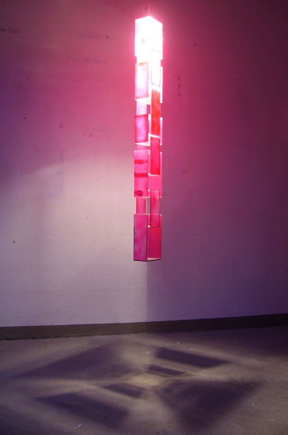 Pink painted chain by Stefan Wieland | One-offs