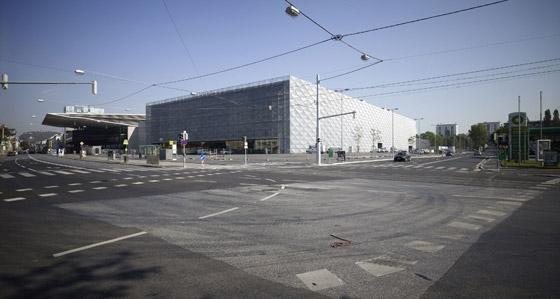 Trade Fair Graz, Hall A de Riegler Riewe Architekten ZT Ges.m.b.H   Edificios para exposiciones / ferias