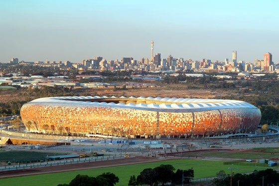 Soccer City Stadium - 'THE MELTING POT' de Boogertman + Partners Architects | Estadios deportivos