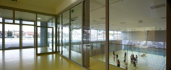 Collège de la Combe CUGY by FRAR Frei Rezakhanlou architectes | Schools