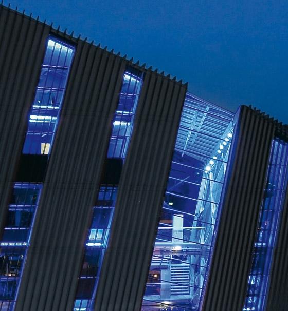 Blocher Blocher Partners-Bründl Flagshipstore