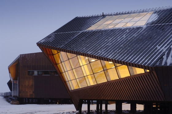 SVALBARD SCIENCE CENTRE 78°north di Jarmund / Vigsnæs AS Architects MNAL | Musei