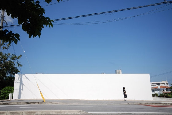 Minimalist House by Shinichi Ogawa & Associates | Detached houses