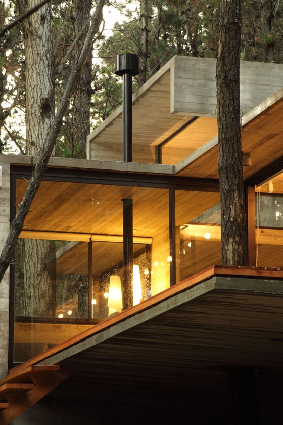 JD House by BAK arquitectos | Detached houses