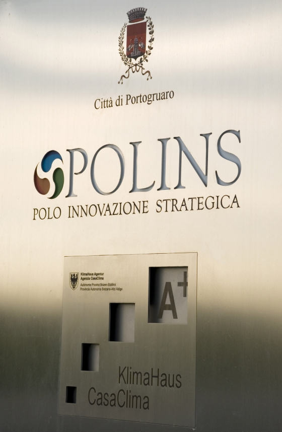 Polo dell'innovazione strategica PO.LIN.S by Marco Acerbis | Industrial buildings