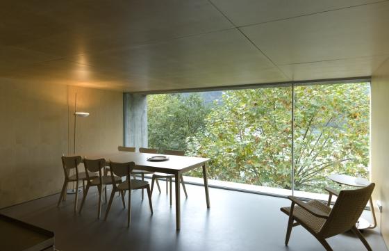 Casa no Gerês de Correia / Ragazzi Arquitectos | Casas Unifamiliares