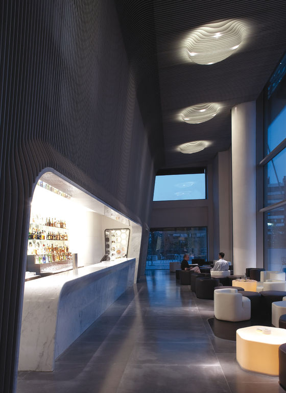 Hotel puerta america marmo bar 6th floor by marc newson for Hotel america madrid