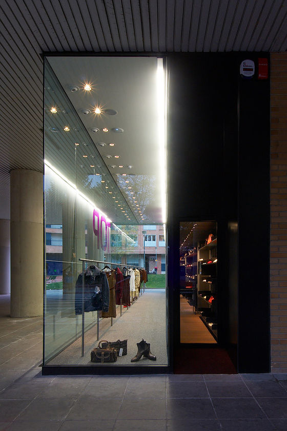 Beguiristain Bergera Arquitectos-Outlet Store TOP OUTLET PAMPLONA