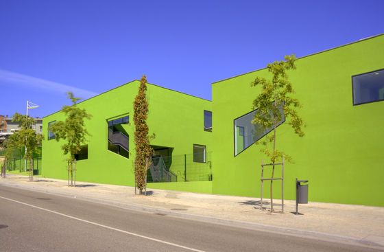 School Center Antas de AVA Architects | Escuelas