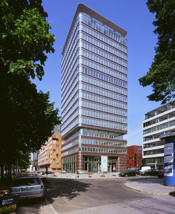 Tobias Grau-Astra-Turm