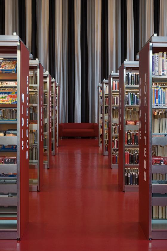 SchulStadtbücherei de KEGGENHOFF I PARTNER | Escuelas