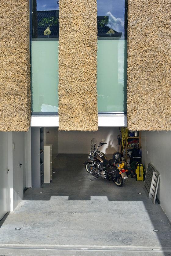 Living on the Edge von Arjen Reas | Einfamilienhäuser
