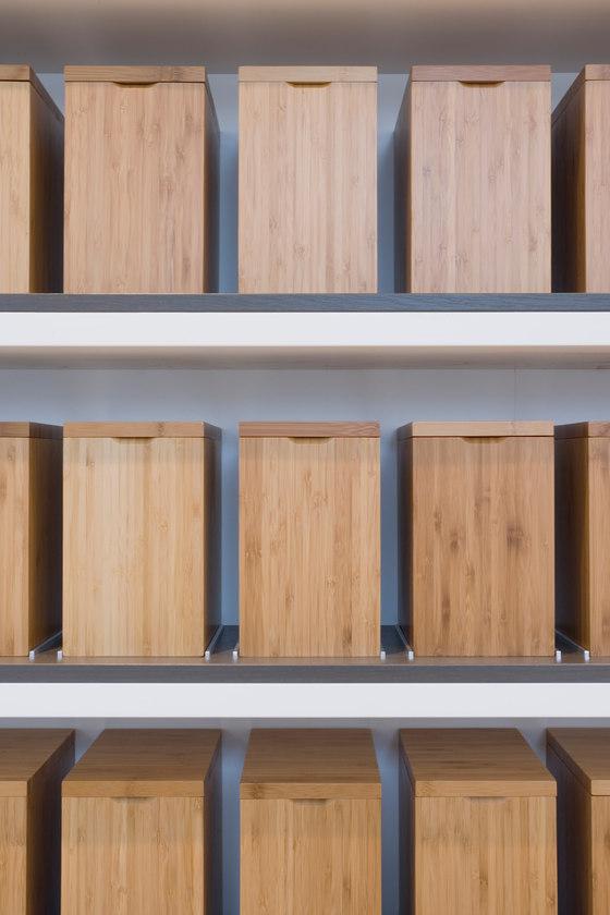 Friedrichstadt Apotheke by wiewiorra hopp schwark architekten | Shop interiors