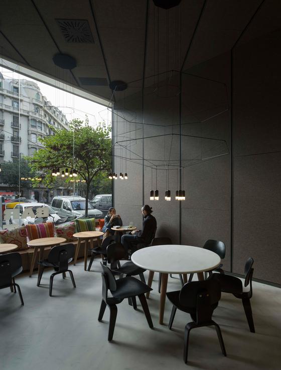 Barton Restaurant by IsabelLopezVilalta + Asociados | Restaurant interiors