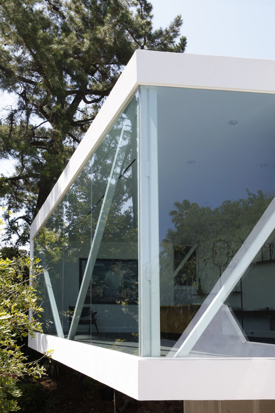 Sapphire Gallery by XTEN Architecture | Detached houses