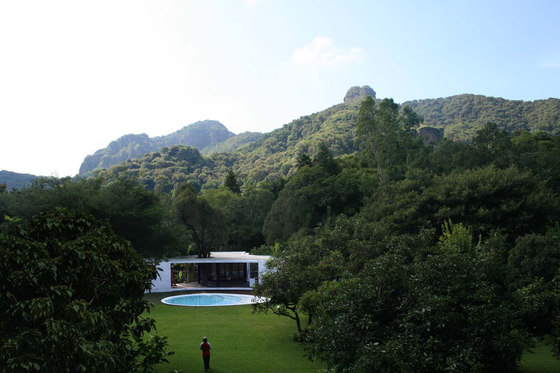 Tepoztlan Lounge by Cadaval & Solà-Morales | Detached houses